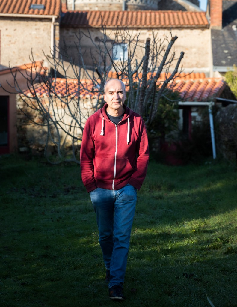 Portrait de l'écrivain Eric Pessan à Saint-Fiacre-sur-Maine (44).